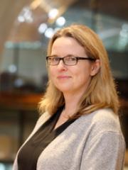 Dr Allison Fish