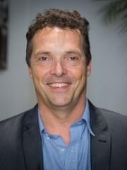 Dr Frank Mols